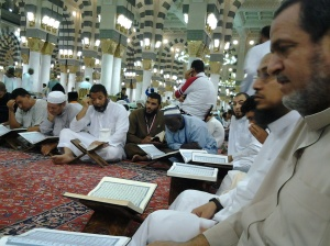 Tadarus di Masjid Nabawi